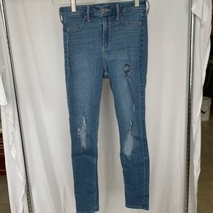 Hollister extreme distressed jeggings